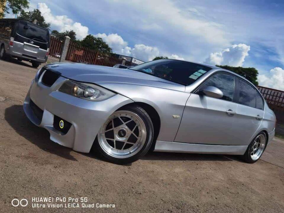 *BMW 320(E90)*